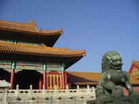 北京故宫太和门前的狮子