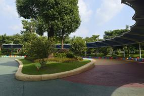 广州市儿童公园跳蚤长廊广场