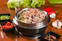 捞汁牛肉爽口菜