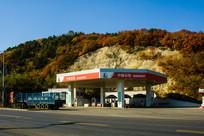 龙首山加油站