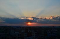 日落太阳光芒风景