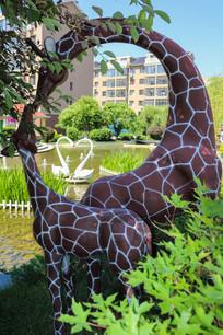长颈鹿母子雕塑