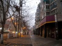 冬天傍晚的清镇城区