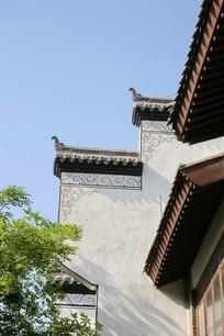 徽派派建筑描边白墙