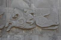 石雕雕古人骑马飞奔