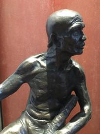 曾参加天平天国起义的老人雕像