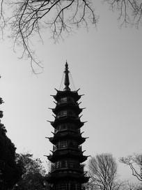 秋日的秀道者塔
