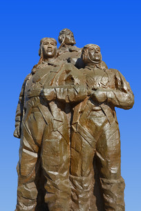 志愿军空军雕塑