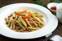 芹菜炒鱼面