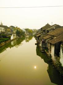 苏州小镇河道景观