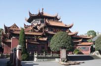 雄壮的寺院