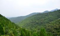 层层叠叠的山脉风景