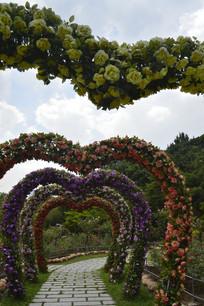 花之心形拱门