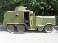老旧的装甲车图片素材