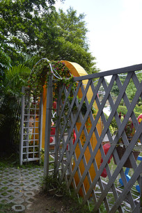 云台花园铁艺围栏及门
