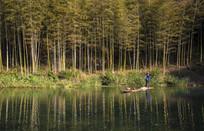 竹林划船人