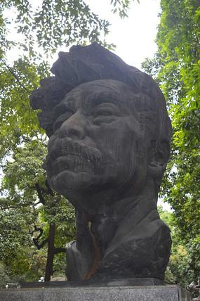 国父鲁迅石雕塑像