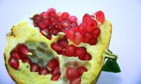 诱人的红色石榴籽图片素材