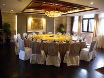 中式圆桌餐厅