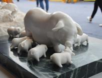 汉白玉富贵多子多福猪陶瓷