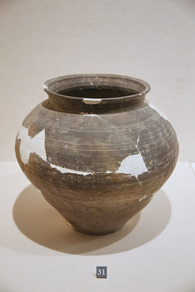 龙山文化灰陶罐