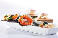 鱼籽寿司卷