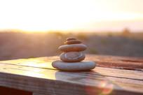 阳光下的石头