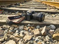 铁轨上相机