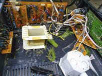 校园废弃的电脑