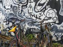 自行车与涂鸦