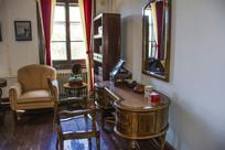 张帅府大青楼内桌椅沙发立柜