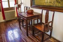 张作霖办公室雕花方桌靠椅
