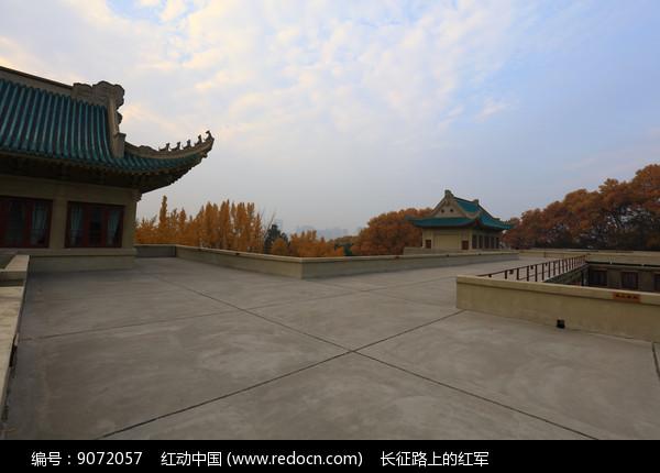 武大宿舍楼的天台高清图片下载 编号9072057 红动网