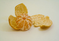 剥皮水果橘子桔子摄影图片