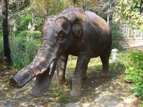 奔跑中的大象园林雕塑