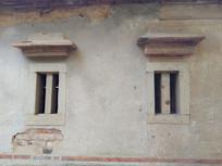 古厝石窗户
