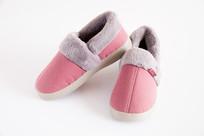 红色防寒保暖鞋