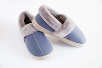蓝色的保暖鞋