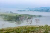云雾飞扬的坝上