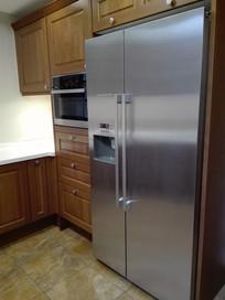 别墅厨房冰箱布置