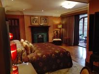 别墅大床房