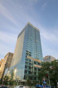 玻璃幕墙的现代大厦