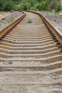 低角度的铁路铁轨