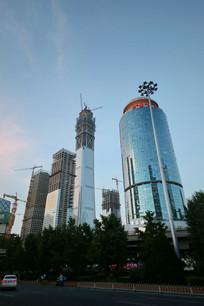 在建的北京第一高楼中国尊外景