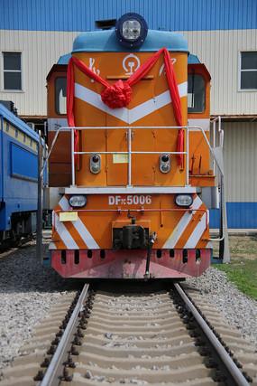 东风内燃机火车头