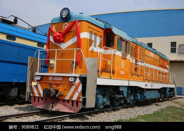 东风型号火车车头图片