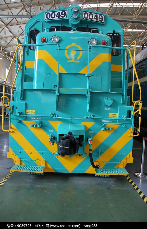 国产内燃机火车头图片