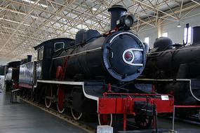黑色的蒸汽机火车头
