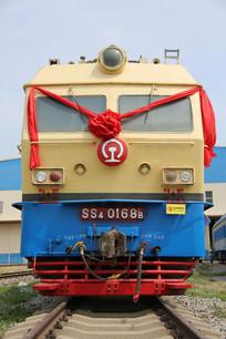 老式内燃机火车车头