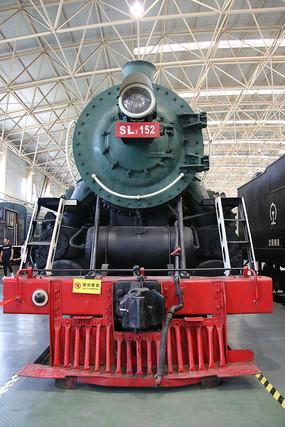 绿色蒸汽火车车头